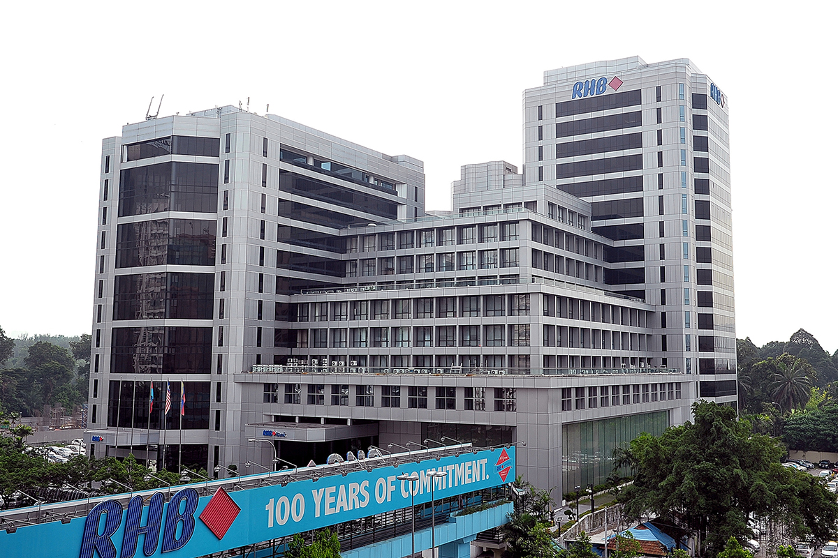 RHB Bank rises as much as 2.54% after good quarterly profit