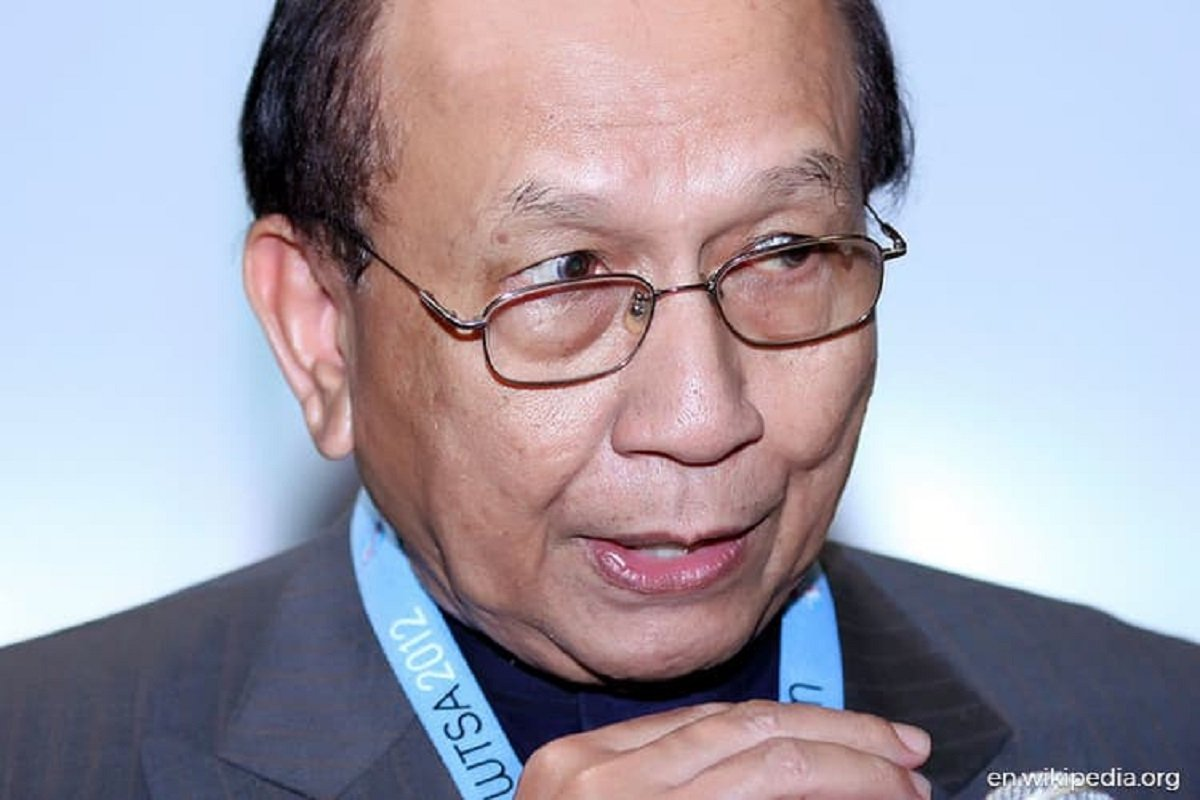 Rais Yatim appointed new chairman of Special Committee on Corruption
