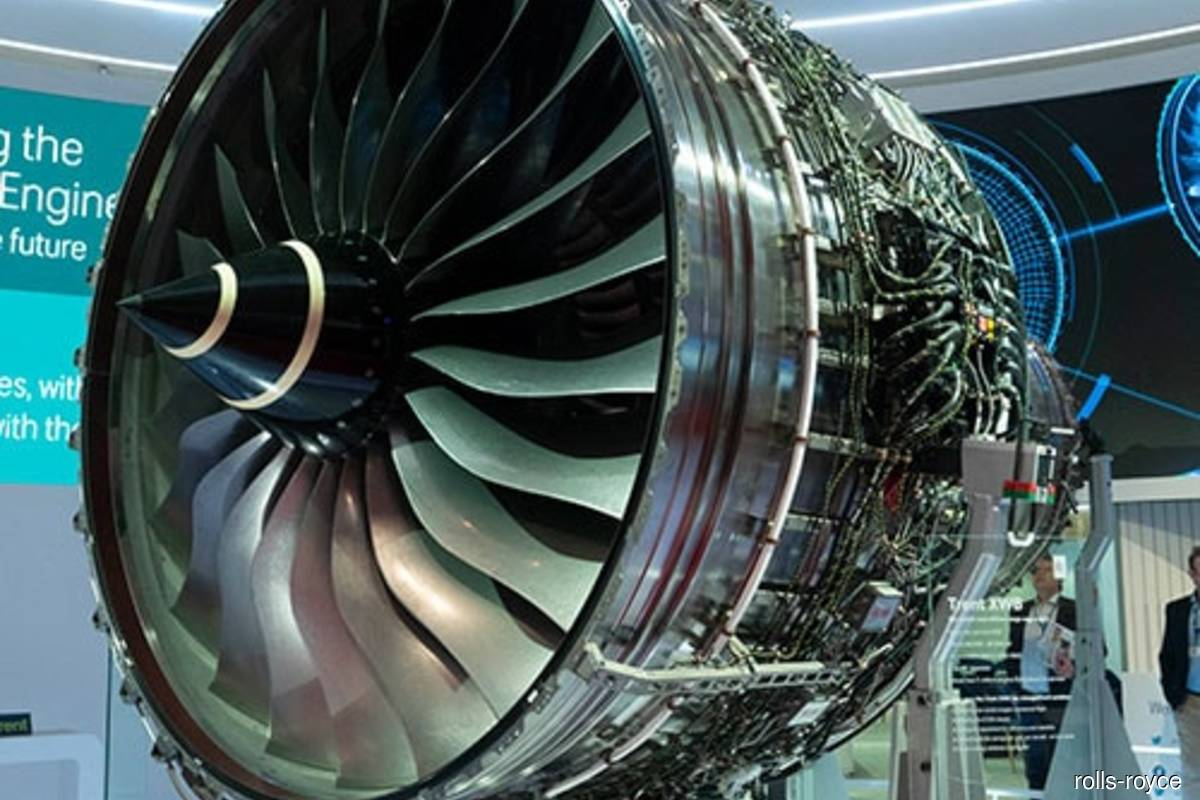 Rolls-Royce faces new engine headache with A350 blade cracks