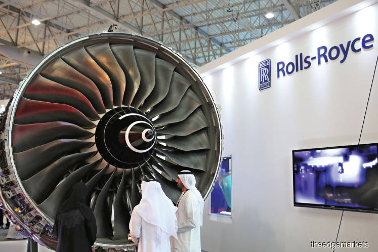 Rolls-Royce explores fundraising options amid downturn