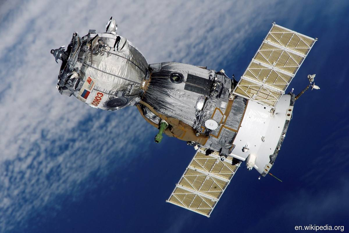 Russia's Soyuz spacecraft with film crew leaves international space station