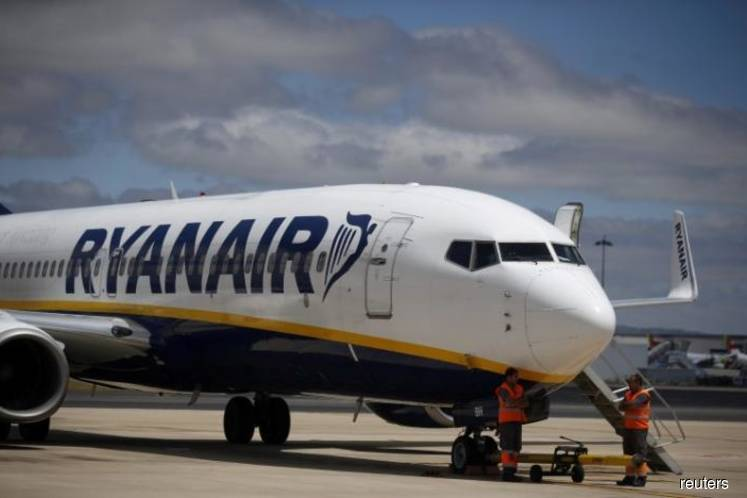 Ryanair says Irish pilots accept pay reduction to save jobs