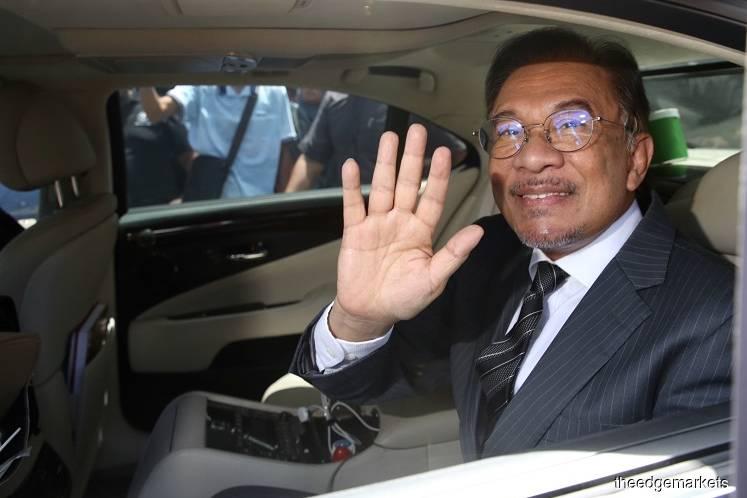 Anwar says had 'very good meeting' with Dr Mahathir