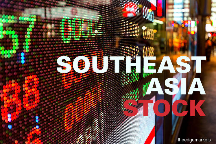 Most SE Asian stocks fall on trade jitters, Fed caution