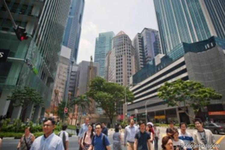 Singapore's workforce faced with conservative salary increments; less likely to enjoy bonuses in 2019: Hays