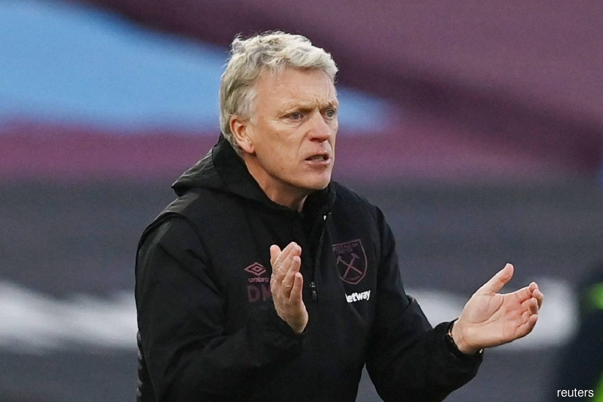 VAR in the crosshairs again with Moyes unhappy about Brighton goal