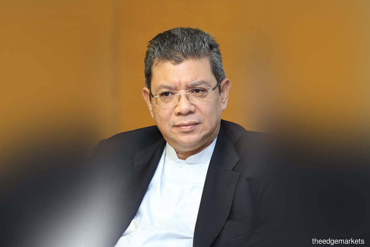 Saifuddin calls for reduced bureaucracy in internet connectivity