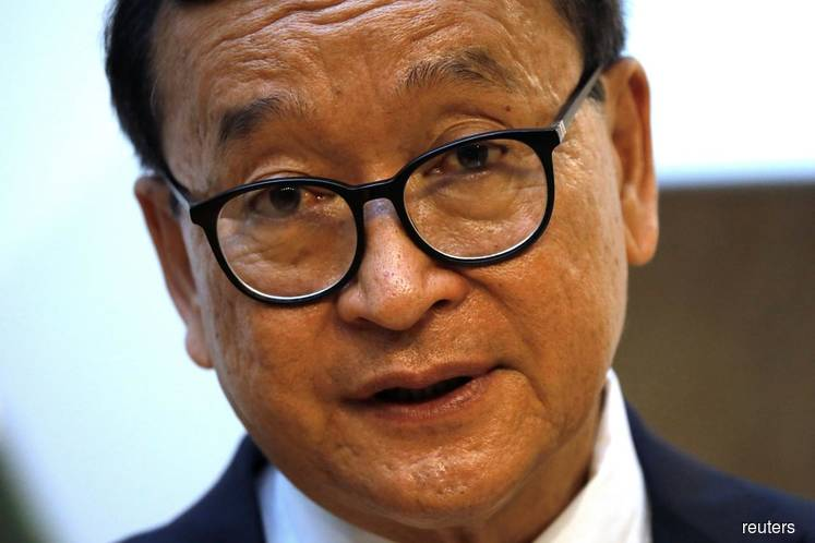 Cambodian opposition veteran meets Malaysian MPs in democracy push