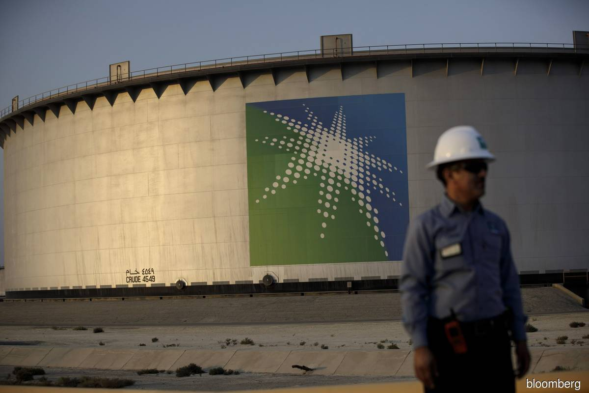 Aramco shakes up top management as it adjusts to oil's crash