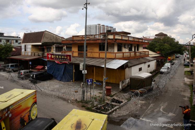 Life in lockdown at Selayang Baru