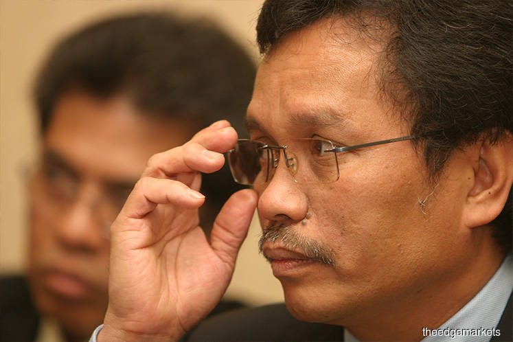 DAP and Amanah say Shafie's nomination as PM candidate 'a new option', must be decided at Pakatan presidential council meeting