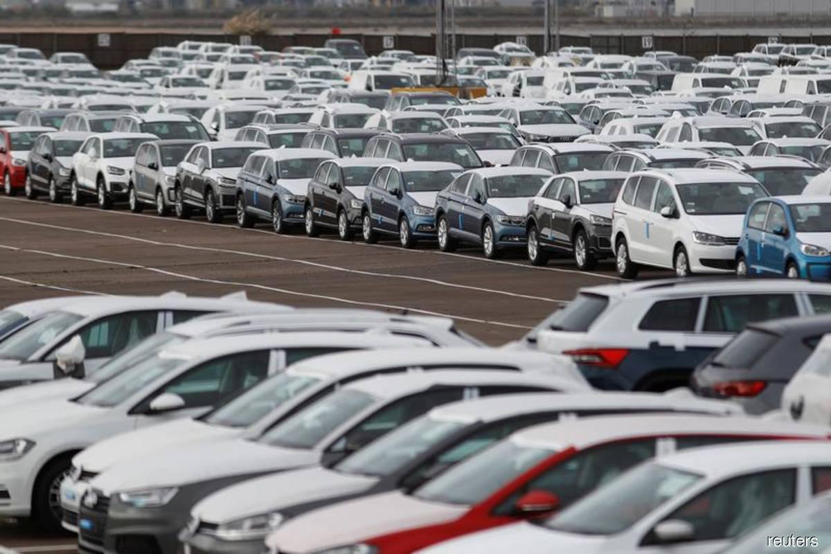 Europe, Britain's carmakers warn of €110b hard Brexit bill