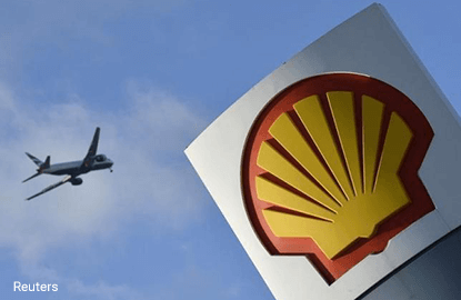 Shell shakes up oil trading world with brash buying of Brent