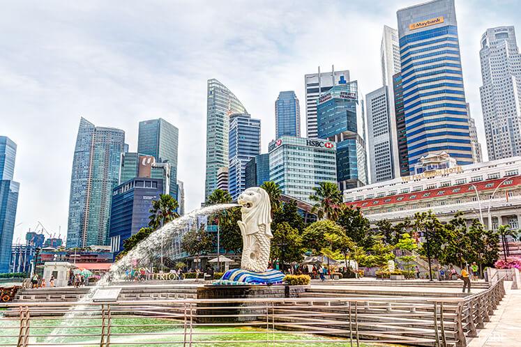 Singapore Q2 GDP falls 3.3% q/q, cuts 2019 growth forecast