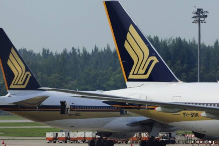 Singapore Air considers adding more Boeing jets in India to fight Emirates
