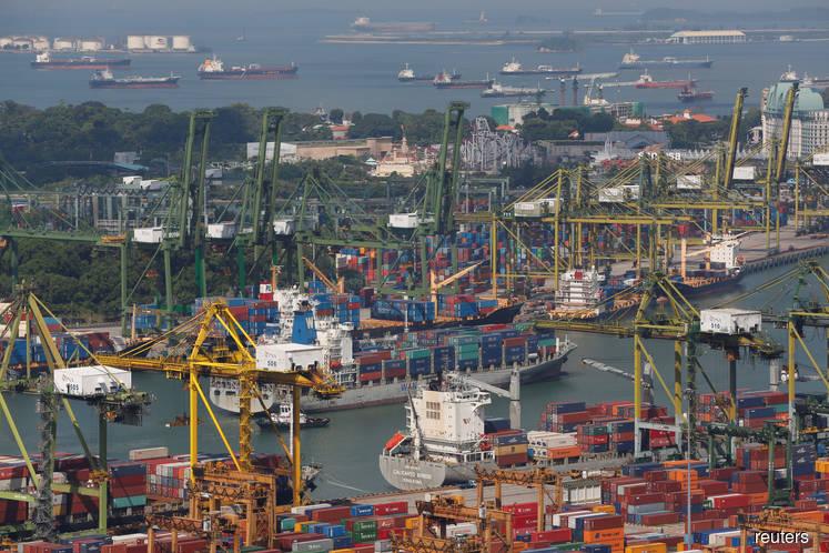 Singapore Q1 GDP rises 2.0 pct q/q