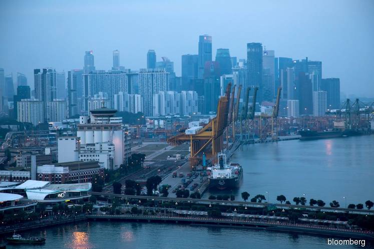 Singapore Exports Decline More-Than-Forecast