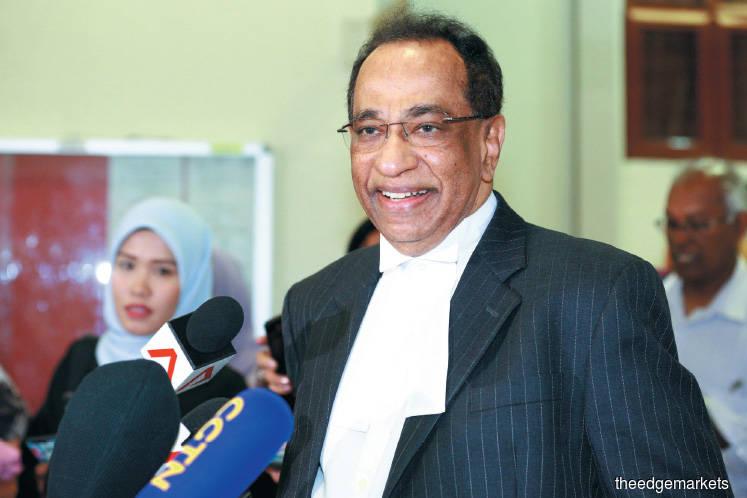 Prosecution wraps up cross-examination of Najib