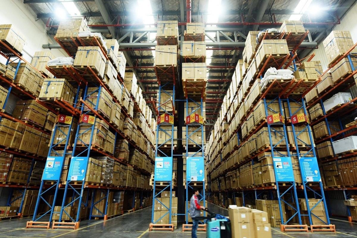 Suning.com mulls e-commerce business stake sale