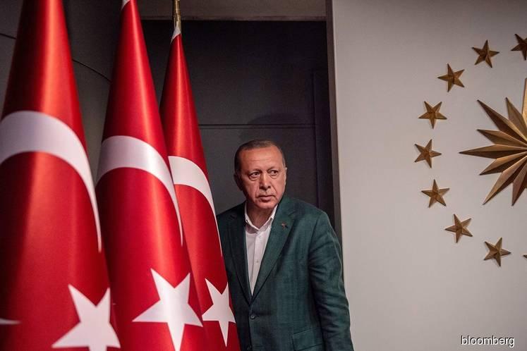 Populism gets a setback and Erdogan a rival