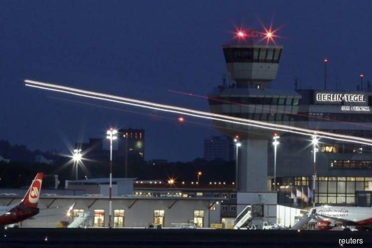 Berlin's Tegel airport delays closure with travel recovery expected