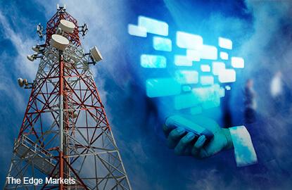 TPG Telecom wins race to become Singapore's fourth telco