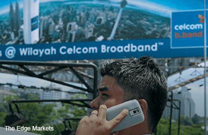 Telco stocks fall as investors take profit