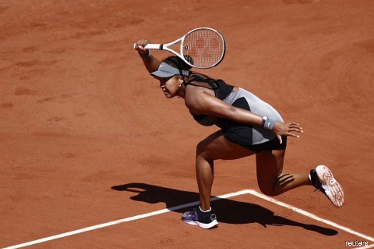 Osaka begins Roland Garros campaign with straight sets win