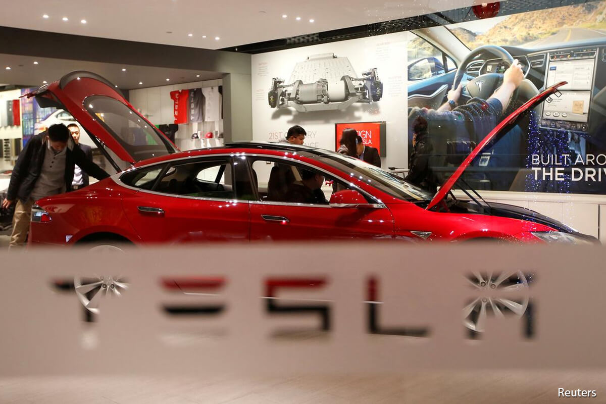 Tesla seeks approval for battery-cell output at new Texas plant