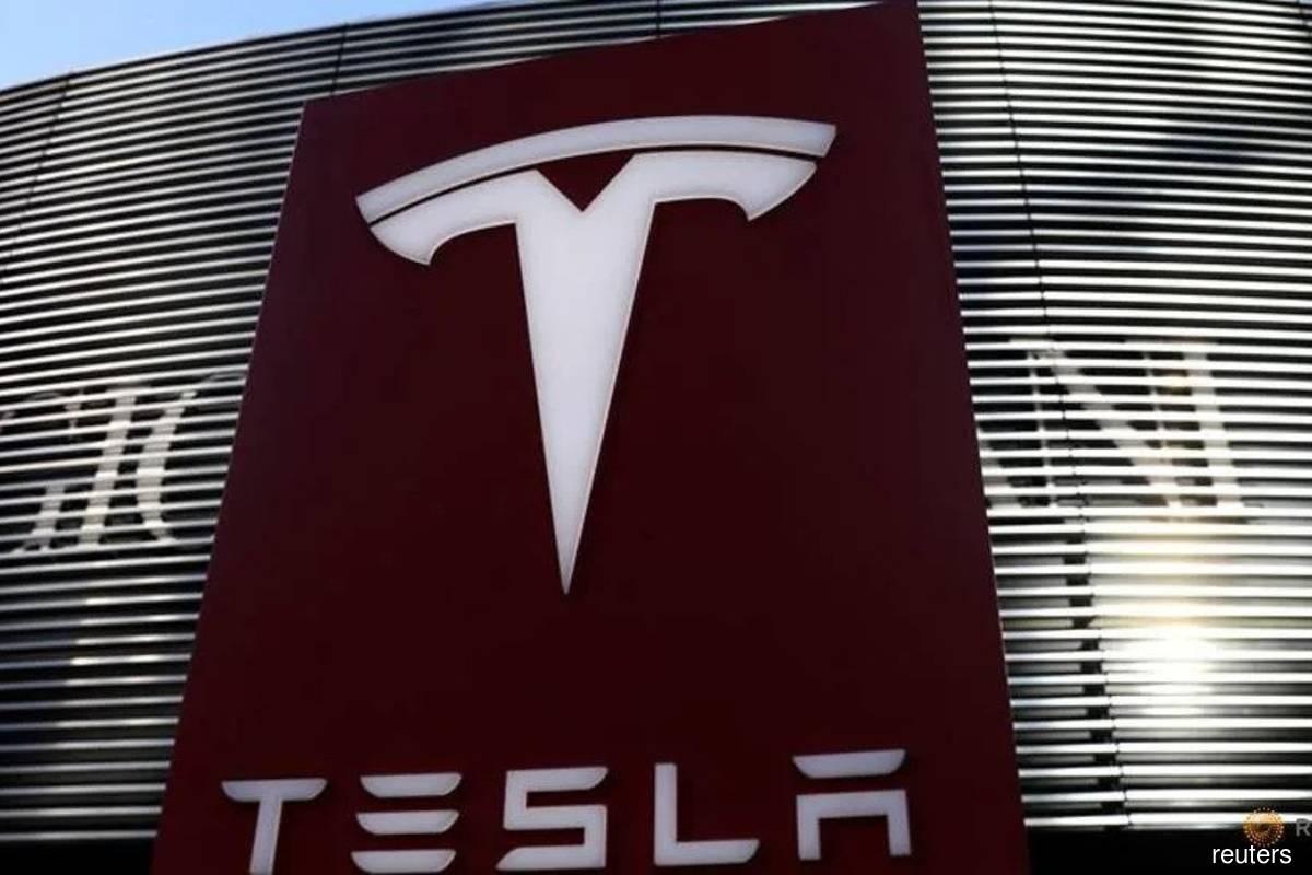 Tesla market value crosses US$800 bil for first time