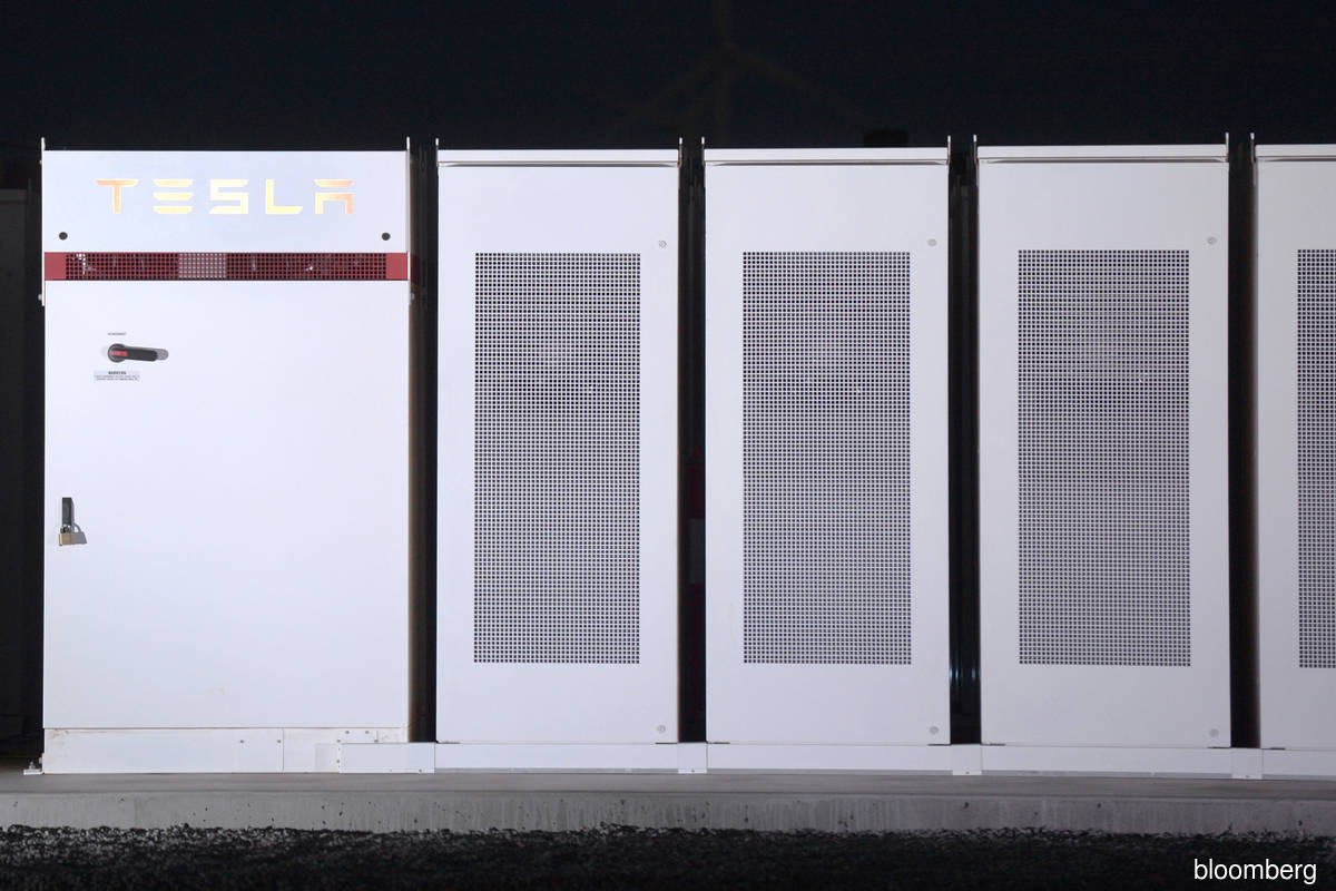 Tesla project to install another giant battery in Australia