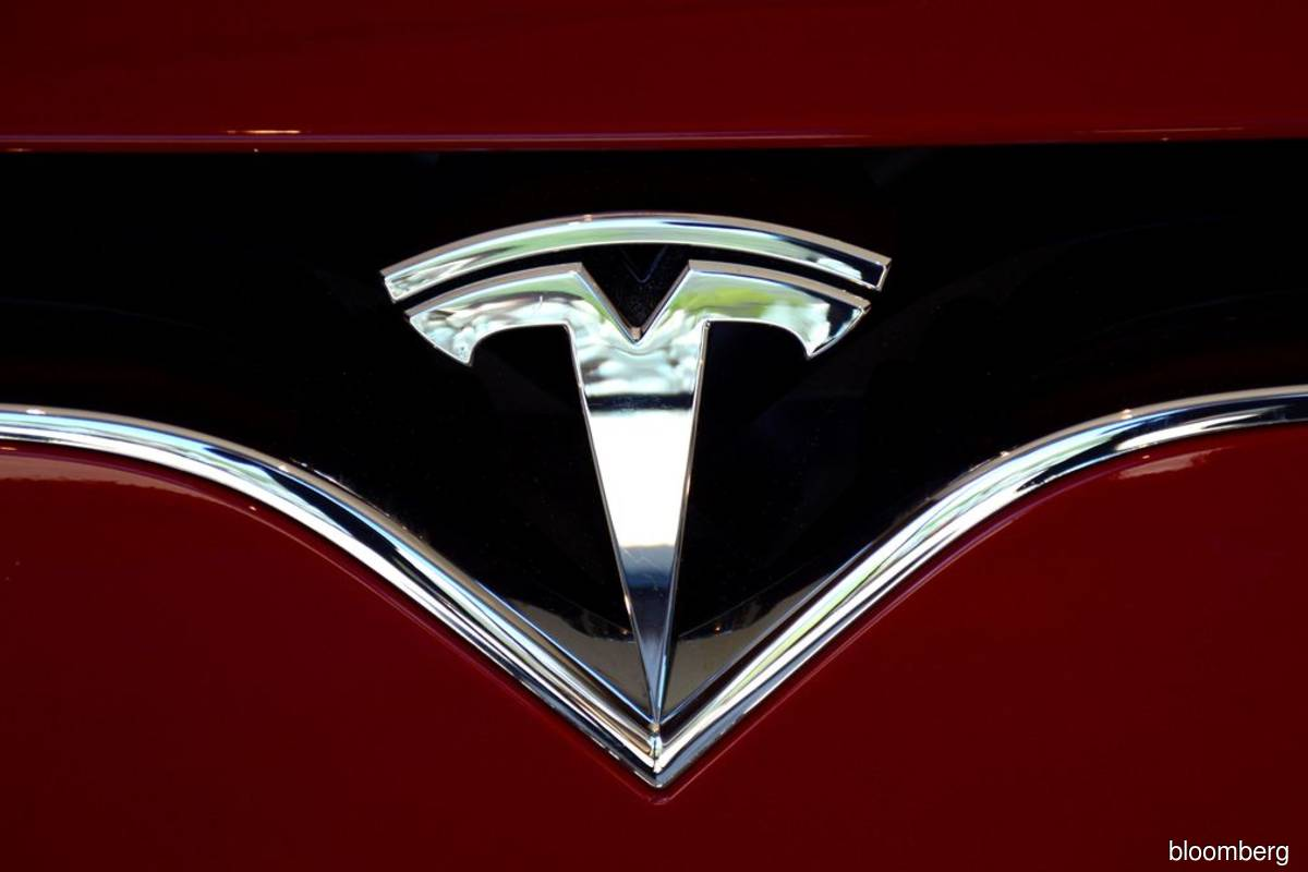 Cathie Wood buys the 13% dip in Tesla as ARKK slips again