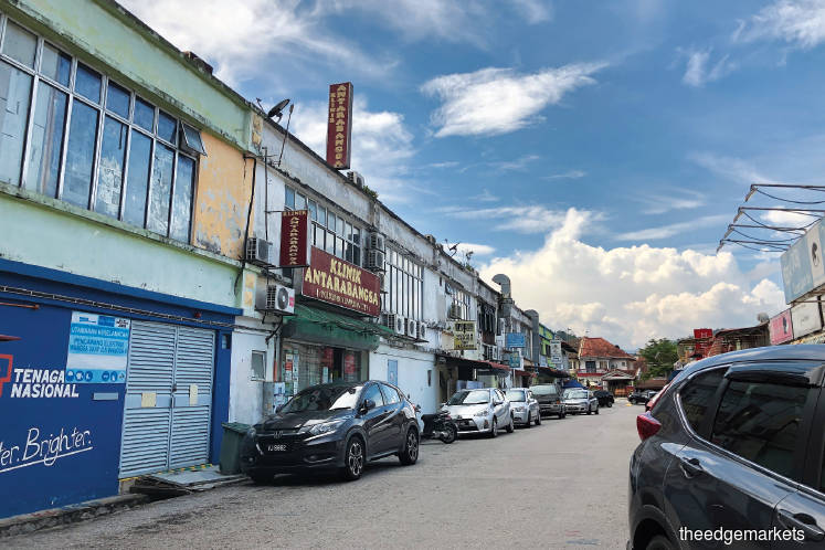 The shophouses have an average built-up of 3,718 sq ft and were sold at between RM570 and RM830 psf last year (Picture by Chung Ying Yi/The Edge)
