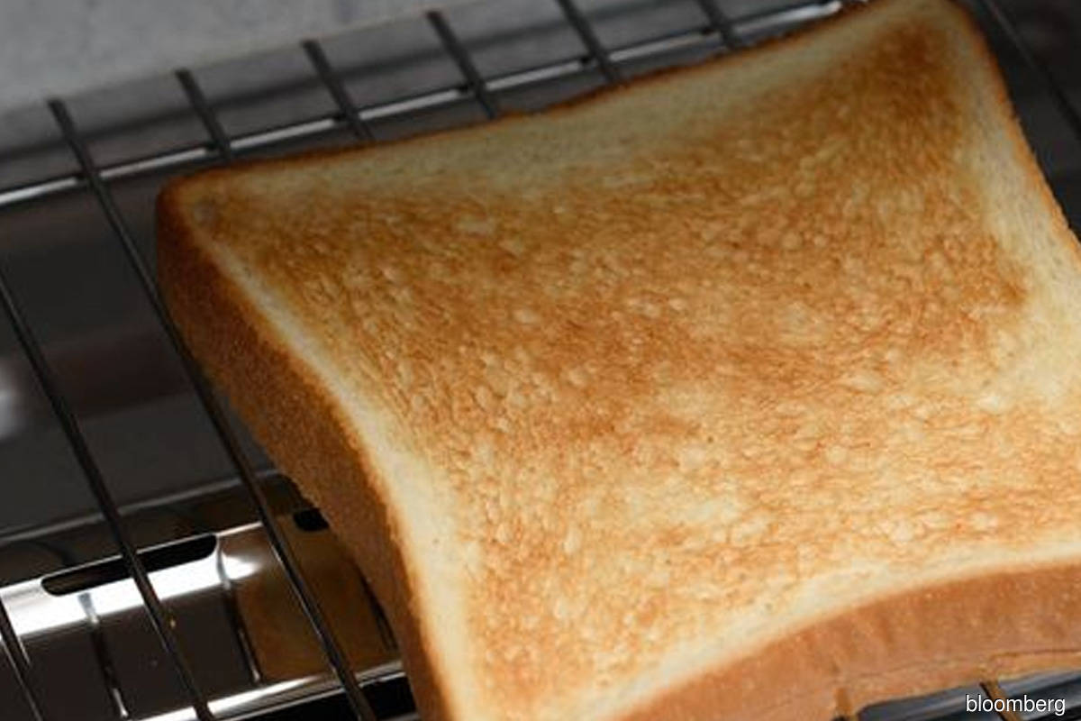 Upmarket toaster maker Balmuda sees shares untraded on Tokyo debut day