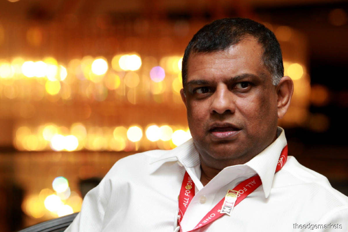 Fernandes vows to keep AirAsia flying