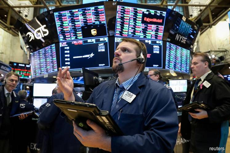 Wall St drops for 4th day as ECB stokes growth worries