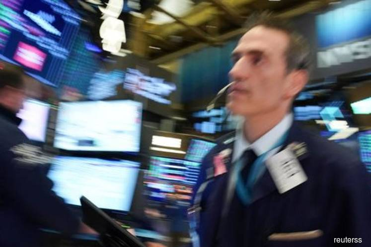 Wall St ends up despite Middle East tensions as tech-related shares gain