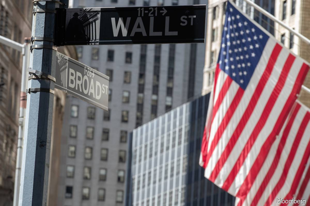 Wall St ends at record highs as investors eye fiscal stimulus