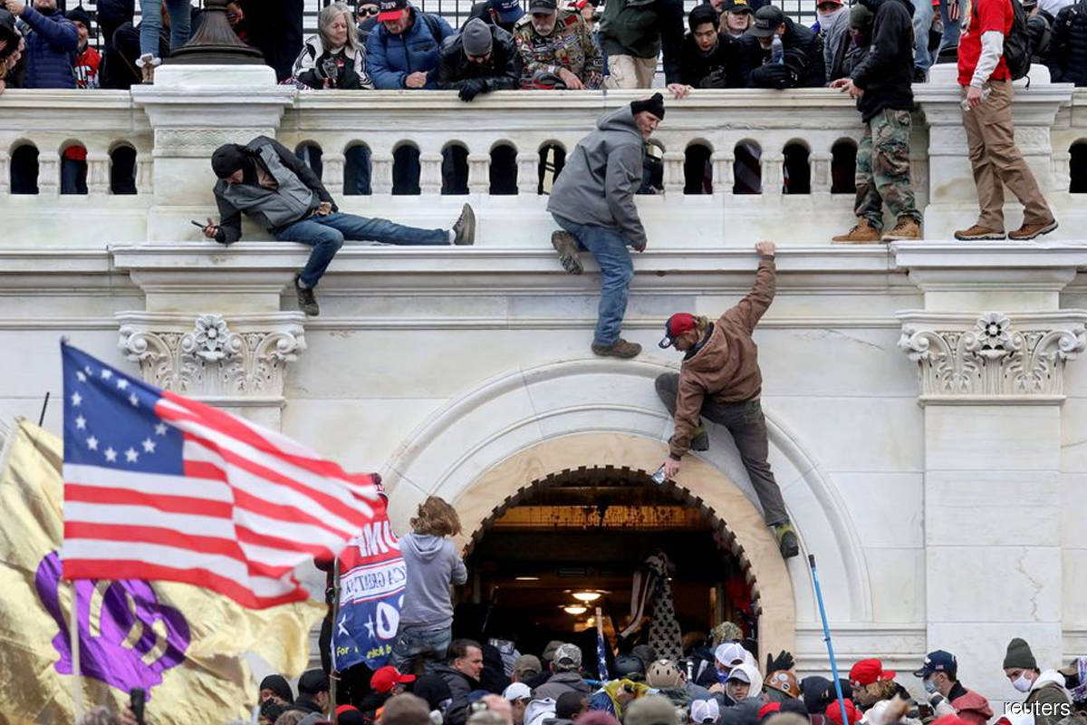 House committee probing Capitol riot expands investigation