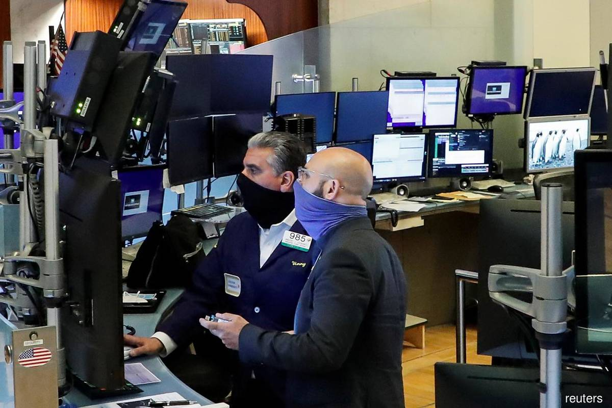 S&P 500, Dow drop as big banks fall after results