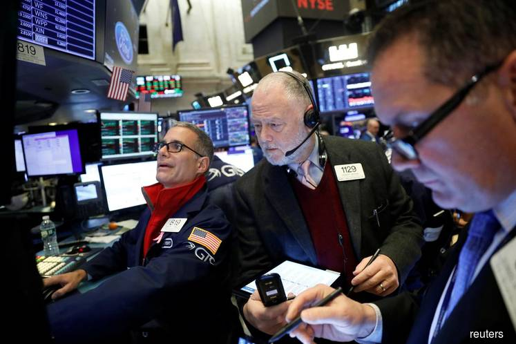 S&P, Dow notch record highs ahead of signing of trade deal