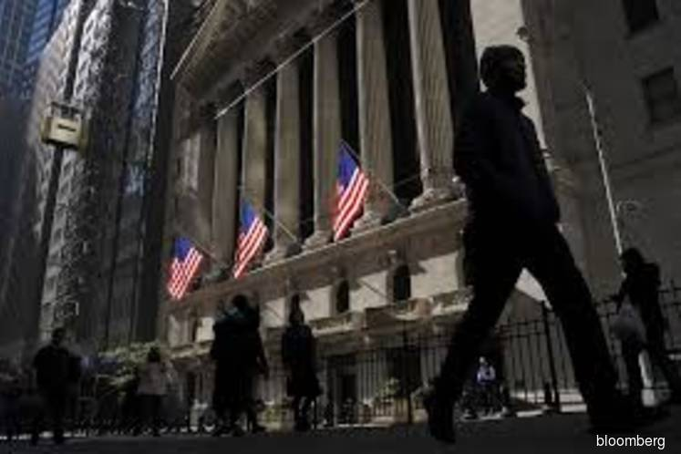 Stocks mixed as tech gains offset industrial woes