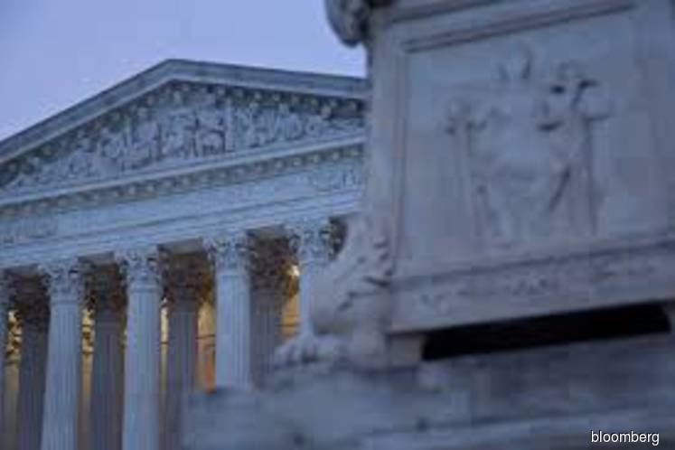 Supreme Court backs businesses, curbs class arbitration