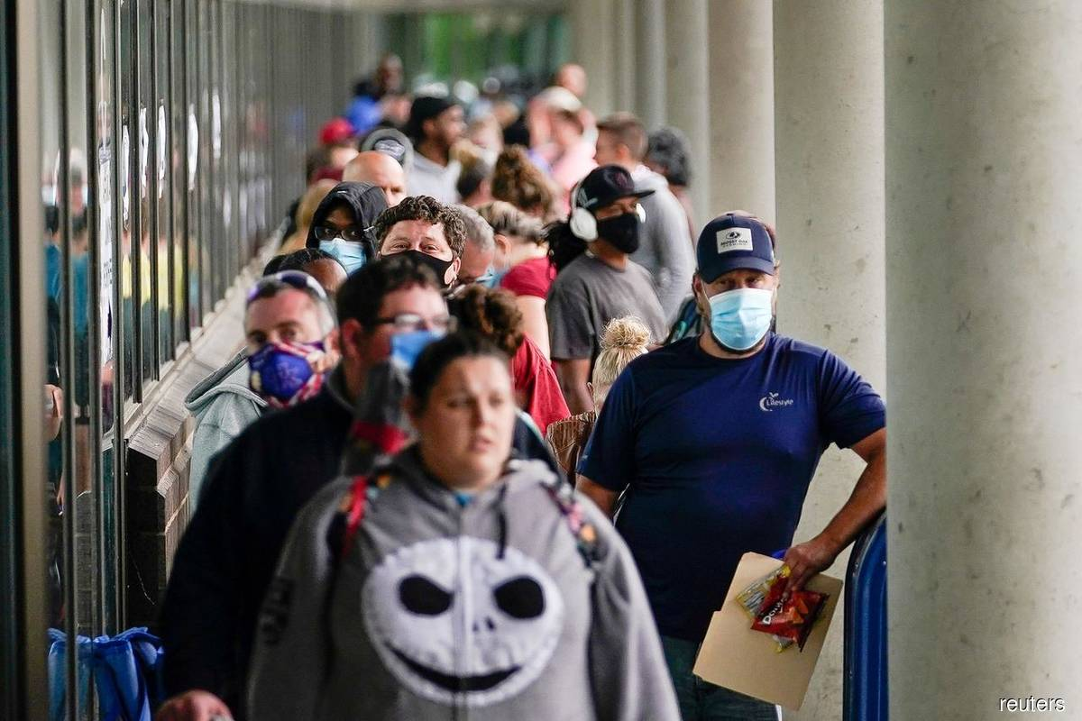 US jobless claims rise to 778,000 as pandemic worsens | The Sacramento Bee