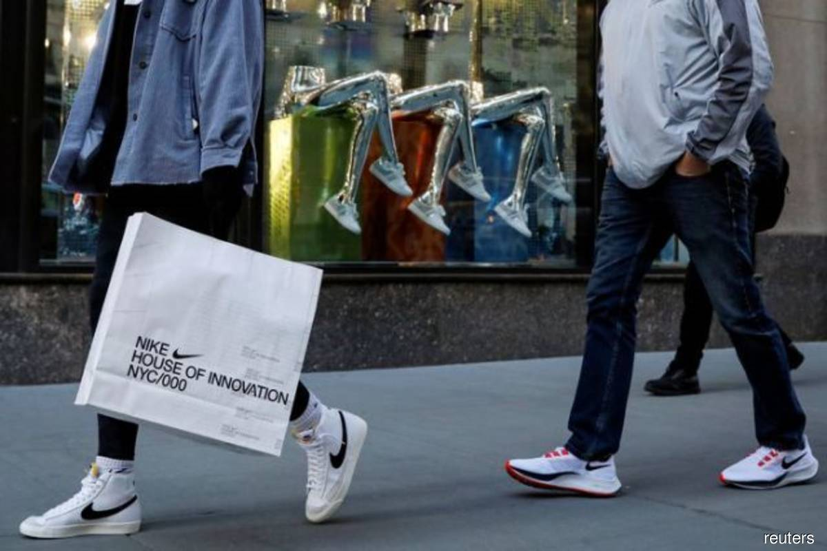 US consumer confidence rebounds; house price growth likely peaked