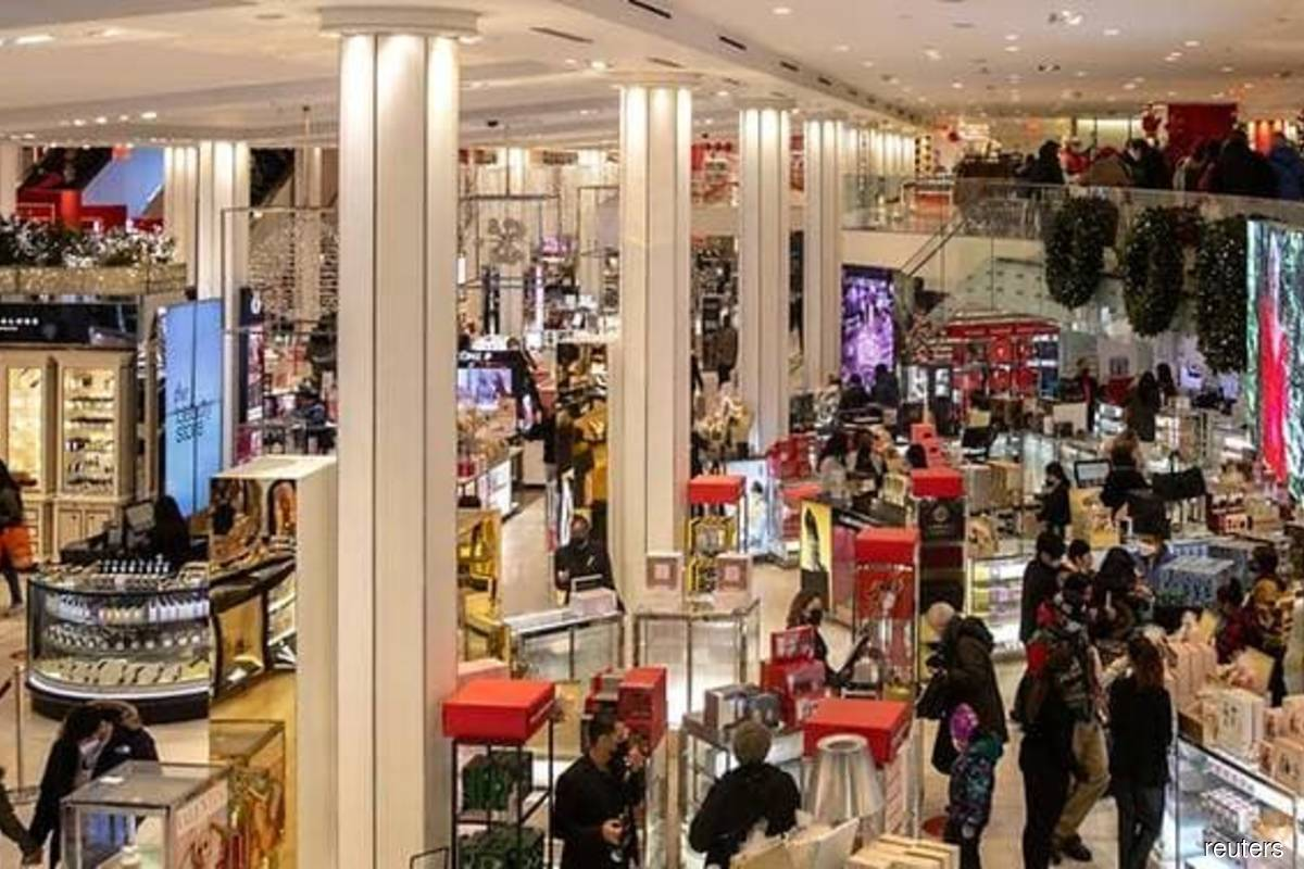 US consumer prices rise; underlying inflation muted for now