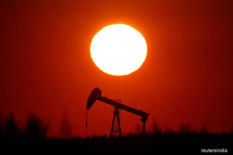 Oil eases on concerns over U.S.-China talks, weak economic data