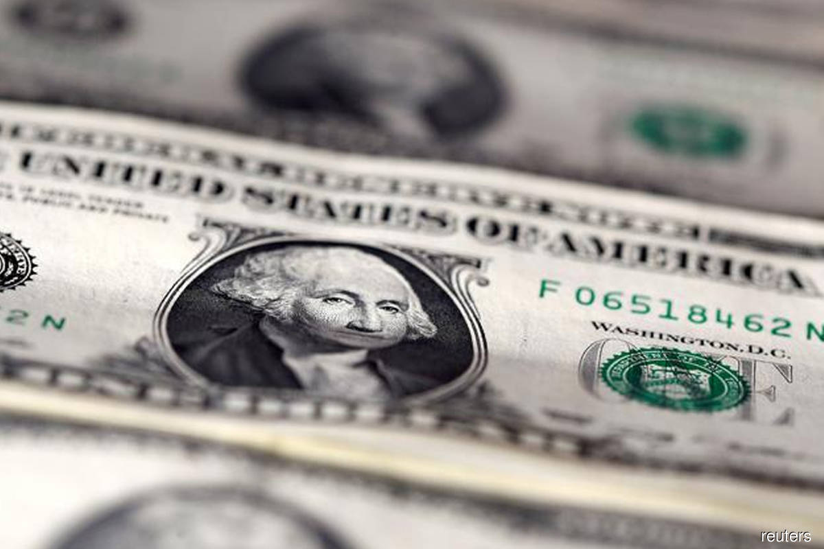 US dollar heads for weekly gain as Covid-19 pandemic recovery stalls