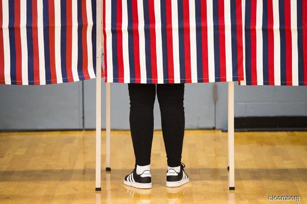 US judge orders two Georgia counties to halt voter purge ahead of Senate run-off