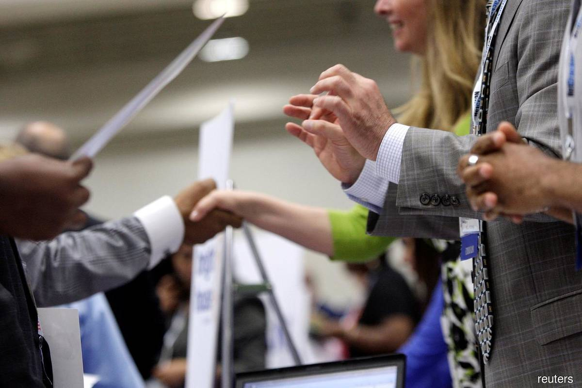 US job market recovery appears to be slowing, services sector powering ahead